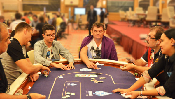 sit-and-go-poker-portugal-888